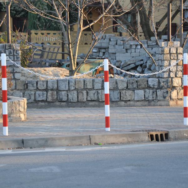 Boks Blokady Parkingowe, Słupki, Odboje