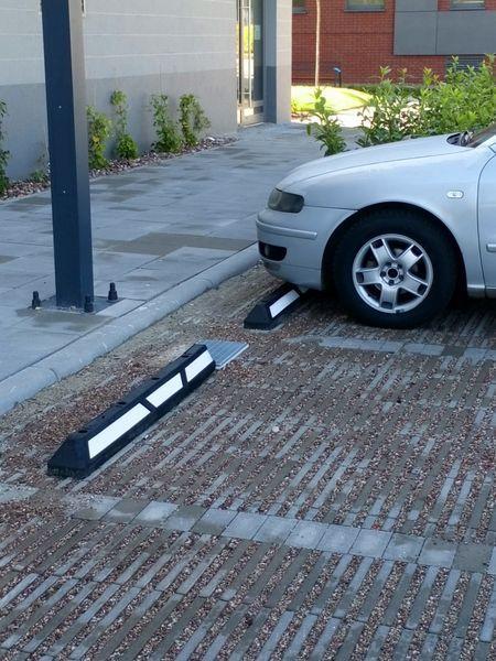 blokady parkingowe slupki odboje 22