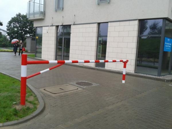 blokady parkingowe slupki odboje 32